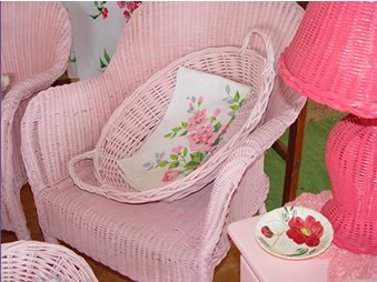 pinkFurniture